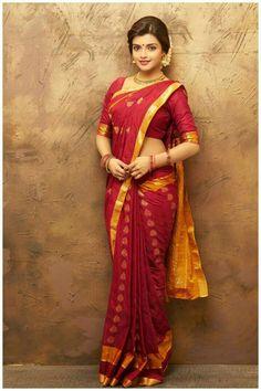 Ashna Zaveri Hot half saree navel Stills Beautiful Girl Indian, Most Beautiful Indian Actress, Beautiful Saree, Indian Beauty Saree, Indian Sarees, Beauty Full Girl, Beauty Women, Beauty Girls, Saree Photoshoot