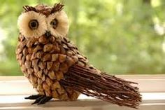 Tinker owls and greet autumn Pinecone Crafts Kids, Acorn Crafts, Pine Cone Crafts, Wood Crafts, Fun Crafts, Diy And Crafts, Crafts For Kids, Pine Cone Art, Pine Cones