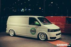 Syco graphix t5 Kombi Camper, Vw Bus T1, Camper Van, T4 Transporter, Volkswagen Transporter, Car Pics, Car Pictures, T2 T3, Vw Caravelle