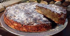 Η μηλόπιτα είναι ένα γλυκό που ταιριάζει όλες τις ώρες. Δεν έχει σιρόπια και βούτυρα και μπορεί να την απολαύσει ακόμα και όποιος κάνει ... Popcorn Cake, Breakfast Recipes, Dessert Recipes, Pastry Cake, Greek Recipes, Banana Bread, Food Processor Recipes, French Toast, Deserts