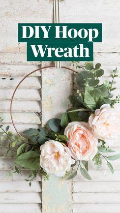 Spring Home Decor, Spring Crafts, Wreath Crafts, Diy Wreath, Diy Wedding Wreath, Wreath Making, Wreath Ideas, Diy Osterschmuck, Fun Diy