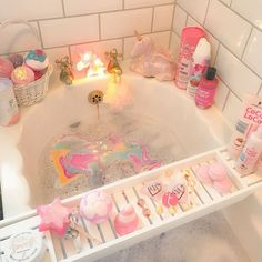 Now THIS is how you relax kawaii style! 😍 Colorful, scented bath bombs somehow just melt your troubles away. Aesthetic Rooms, Pink Aesthetic, Aesthetic Body, My New Room, My Room, Baby Zimmer Ikea, Kawaii Bedroom, Lush Bath Bombs, Dream Bath