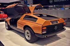 1969 MERCEDES-BENZ C111 Mercedes Benz World, Mercedes Benz Amg, Sport Cars, Race Cars, Daimler Benz, Classic Mercedes, Benz C, Futuristic Cars, Classic Cars