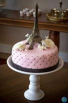 I like the pillow idea Paris Birthday Cakes, Paris Themed Cakes, Paris Birthday Parties, Paris Party, Pretty Cakes, Cute Cakes, Beautiful Cakes, Amazing Cakes, Bolo Paris