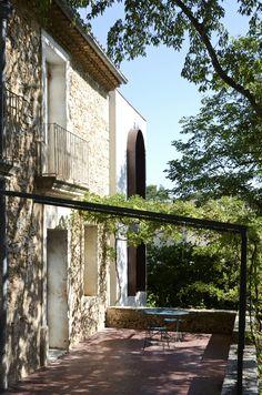 Casa Aires / Cabinet-Cabinet Architectures