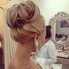 Huda Kattan @hudabeauty Wedding hair! Instagram photo | Websta (Webstagram)