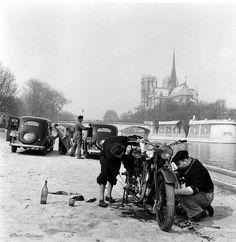 Robert Doisneau // The Seine And Notre-Dame, Paris, 1953 - Quai de la Tournelle