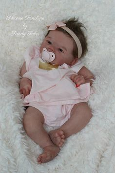 The Ashton – Drake Galleries Ashley Breathes with Hand-Rooted Hair – So Truly Real Lifelike, Interactive & Realistic Newborn Baby Doll Reborn Baby Girl, Bb Reborn, Reborn Toddler Dolls, Silicone Reborn Babies, Silicone Baby Dolls, Newborn Baby Dolls, Reborn Dolls, Silicone Babies For Sale, Baby Dolls For Sale