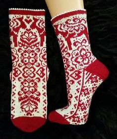 Ravelry: Dalarna Delight Socks pattern by JennyPenny Lace Socks, Crochet Socks, Knitted Slippers, Knit Mittens, Knit Crochet, Knit Socks, Crochet Granny, Lace Knitting, Knitting Socks