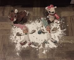 Elf snow angels