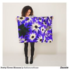 Pretty Flower Blossom Fleece Blanket