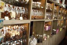 https://lifeinprsite.wordpress.com/2016/04/11/die-geuren-die-kleuren-chocolade/ #visitgent gent ghent belgium europe chocolate food coffee chocolato