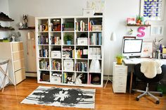 i just think this is the cutest little office/craft room
