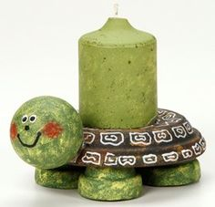 This is the perfect tiny turtle for any tabletop – inside or outside! Learn how to make a Turtle Tabletop Candle Holder with supplies from Pat Catan's.