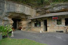 Bluff Dwellers Cave - Noel, Missouri  -  photo by Tony E. Walker