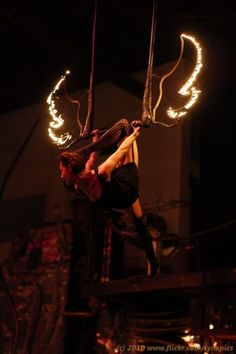 cirqu welcom, aerial acro, bigtop, fire trapez, carnival