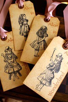 vintage Alice in wonderland, my new favorite thing...