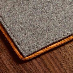 JAB Anstoetz Frame Cord Filzteppich Merinowolle Textile Patterns, Textiles, Rugs On Carpet, Carpets, Accent Colors, Pattern Wallpaper, Minimalist Design, Smooth Leather, Wool Felt
