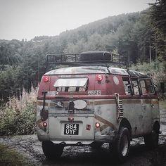 #smokeybear #offroad #bus #vwbus #splitscreen  #firebus #woods #greenlane #mud #57 #pgsg #trees #forest #sleeplikeaking #stockheightdivision #trail #volksworld #aircooled #jerseylook #roofrack #airteriors #kustomlifespace #sleeplikeaking