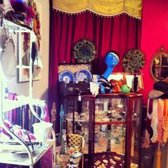 Vintage,Jewellery,accessories,curios,collectables and household