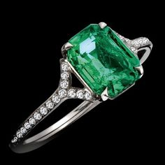 Natural Columbian emerald and diamond by Color My World