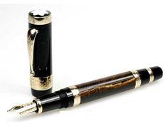 Fountain Pen Drawing, Fountain Pen Ink, Liquid Ink, Luxury Pens, Dip Pen, Pen Nib, Pen And Paper, Writing Instruments, Geek Stuff