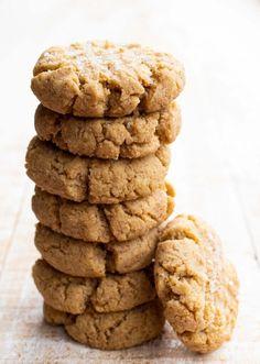 Almond Flour Peanut Butter Cookies (Keto) – Sugar Free Londoner Dairy Free Deserts, Sugar Free Deserts, Low Carb Deserts, Low Carb Peanut Butter, Peanut Butter Cookie Recipe, Cookie Recipes, Keto Recipes, Candida Recipes, Keto Foods