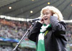 AFP | 英歌手S・ボイルさん、アスペルガー症候群を告白