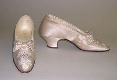 Slippers (1890s)