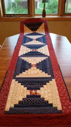 50 Ideas For Sewing Table Runners Free Pattern Quilt Blocks Table Runner And Placemats, Table Runner Pattern, Quilted Table Runners, Blue Quilts, Small Quilts, Mini Quilts, Place Mats Quilted, Quilted Table Toppers, Patriotic Quilts