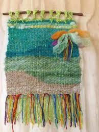 Resultado de imagen para telar decorativo con flores Tapestry Weaving, Loom Weaving, Textiles, Fabric Art, Textile Art, Fiber Art, Lana, Embroidery, Weaving