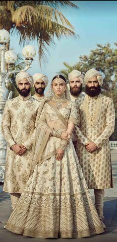 Off-White Color Wedding Lehenga Set Indian Bridal Couture, Indian Bridal Wear, Vintage Bridal Bouquet, Bridal Wedding Dresses, Lehenga Wedding, Punjabi Wedding, Wedding Wear, Trendy Fashion, Fashion Outfits
