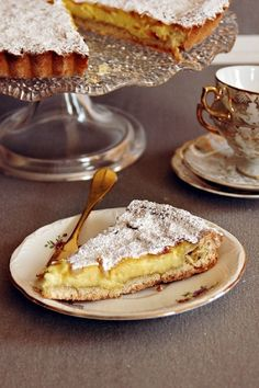 Top 10 Recipes for Traditional Italian Desserts – Top Inspired For Italians meal isn't over without dessert. If you are having pasta for lunch then delicious dessert from Italian cuisine with a cup of cappuccino is Italian Pastries, Italian Dishes, French Pastries, Italian Meals, Köstliche Desserts, Dessert Recipes, Plated Desserts, Italian Cookie Recipes, Italian Cookies