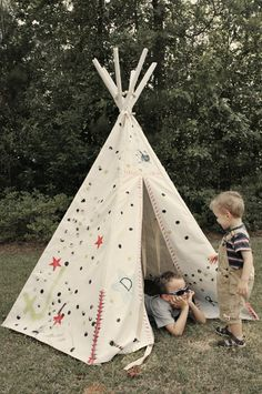 Kristi- I have this pattern and have made them before- very easy!  I saw some of your room ideas had a tee-pee and didn't know if you were considering one as a reading corner or something!  I'd happily make one of you decide you want one for the room!  Always a Project: A Rockin' Tee-Pee using Butterick 4251 pattern