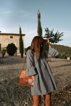 Outfit: Vichy print dress at sunset teetharejade Cute Dresses, Casual Dresses, Casual Outfits, Summer Dresses, Cotton Dresses, Mini Dresses, Floral Dresses, Mode Outfits, Dress Outfits