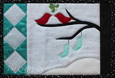 Snow Birds Mug Rug Pattern - The Snow Birds Mug Rug Pattern is an easy quilting project that features simple, free applique designs for little birds, stockings, and a winter tree. This adorable DIY mug rug would make a fantastic quilted gift for a friend Mug Rug Patterns, Quilt Block Patterns, Quilt Blocks, Easy Quilts, Small Quilts, Mini Quilts, Christmas Mug Rugs, Christmas Quilting, Christmas Music