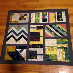 """""""Happy with this mini #patchworkcity  quilt top for the #schnitzelandboominiquiltswap #makeaquiltmakeAfriend #mofapolly"""""""