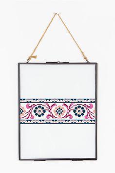 Antique Floral Banner  pattern