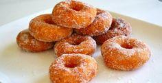 Sweet Potato Donuts, could maybe tweak recipe to make pumpkin Pastry Recipes, Dessert Recipes, Cooking Recipes, Churros, Ricardo Recipe, Bon Dessert, Malaysian Food, Malaysian Recipes, Bread Bun