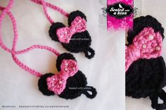 I love create cute items for all princesses, check this awesome Minnie Mouse Barefoot Sandals!   Soft yarn and Bow embellished with beads for babys & girls.  $ 14.00 S  Pattern and design by @Sealed with a Kiss.. by Lily