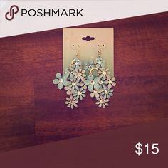 Flower ear rings Blue flower ear rings with a diamond in each flower Jewelry Earrings