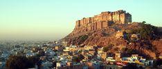 Jodhpur in Rajasthan (Indien Reise Geheimtipp Nr. Jodhpur, Hatha Yoga, San Francisco Skyline, New York Skyline, Travel, Blog, India Travel, Learning People, Places