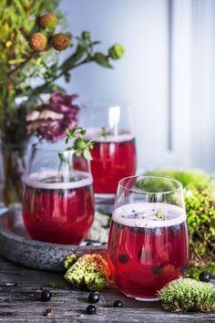 Itsenäisyyspäivän menu | Meillä kotona Alcoholic Drinks, Menu, Sweets, Glass, Food, Ideas, Menu Board Design, Good Stocking Stuffers, Drinkware