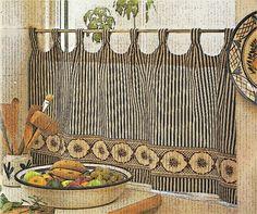 Tipos de cortinas visillos y estores. Cómo coser cintas para cabecillas. Esta cinta se cose, por el revés, en el borde superior de la tela y, al fruncirla