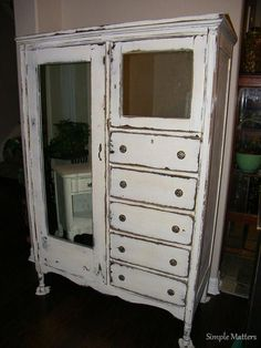 I like the mirrors on this one. Cute Furniture, Distressed Furniture, Paint Furniture, Bathroom Furniture, Farmhouse Furniture, Antique Furniture, Furniture Ideas, Antique Wardrobe, Antique Armoire