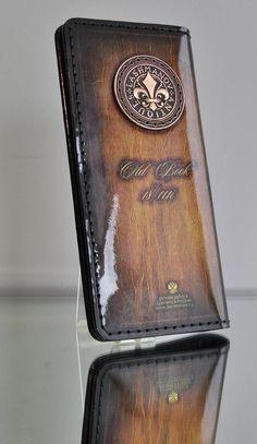 Купить Портмоне -Travel из кожи ручной работы c Орденом Бронзовой Лилии № 111