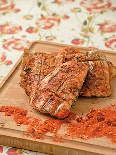 There comes a time when the amateur braai mechanic realises that not all protein is red nor are all steaks beef. Here's a fish braai procedure you can try. Steak, Protein, Beef, Fish, Hot, Recipes, Meat, Recipies, Steaks