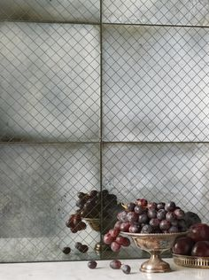 "ANN SACKS Versailles Mesh 12"" x 12"" glass field in silver flake rustic (photographer: Mike Huibregtse)"