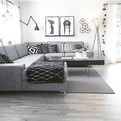 Its been a sunny day ☀️Have a nice evening all ✨ This is my sweet , and these 👆🏻 are some of my favourites sweet 😊 Thank you for asking 🙏🏻😘 Do and like to share some of their favourites? Grey Sofa Inspiration, Living Room Inspiration, Home Decor Inspiration, Living Room Sofa, Interior Design Living Room, Living Room Decor, Grey Sofa Decor, Big Sofas, Small Room Bedroom