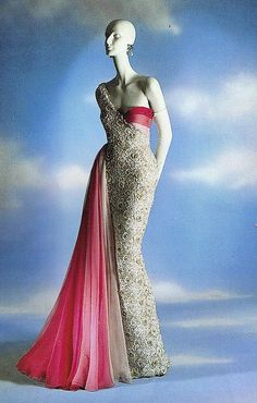 """Hommage a María Felix,"" evening dress designed by Valentino for the mexican diva, in 1954 while working at Jean Dessés in Paris, but never made until 1989 for the exhibition ""Valentino thirty years of magic"""
